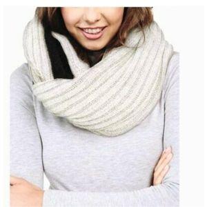 DKNY Designer Fleece-Lined Knit Inf